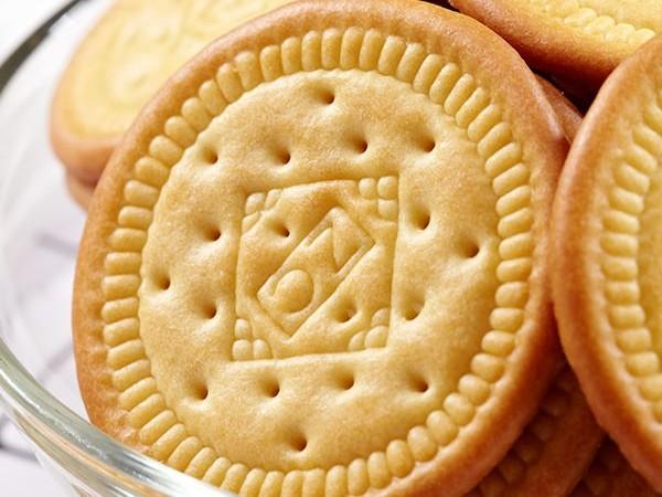 俏皮羊羊奶饼干